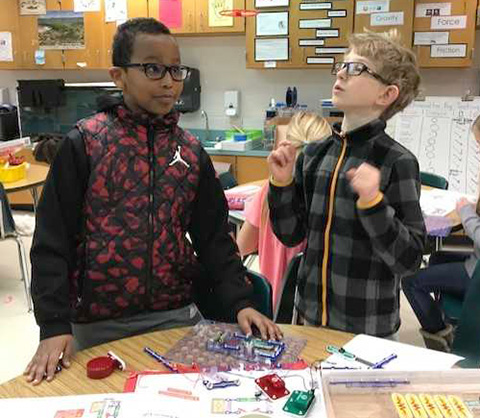 students with snap circuits