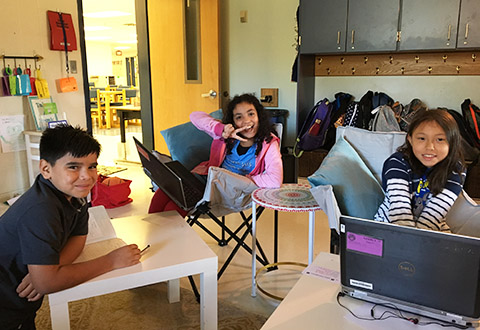 students using flexible seating