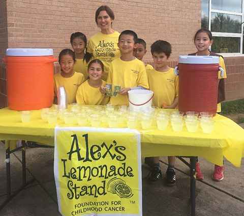 students with lemonade stand